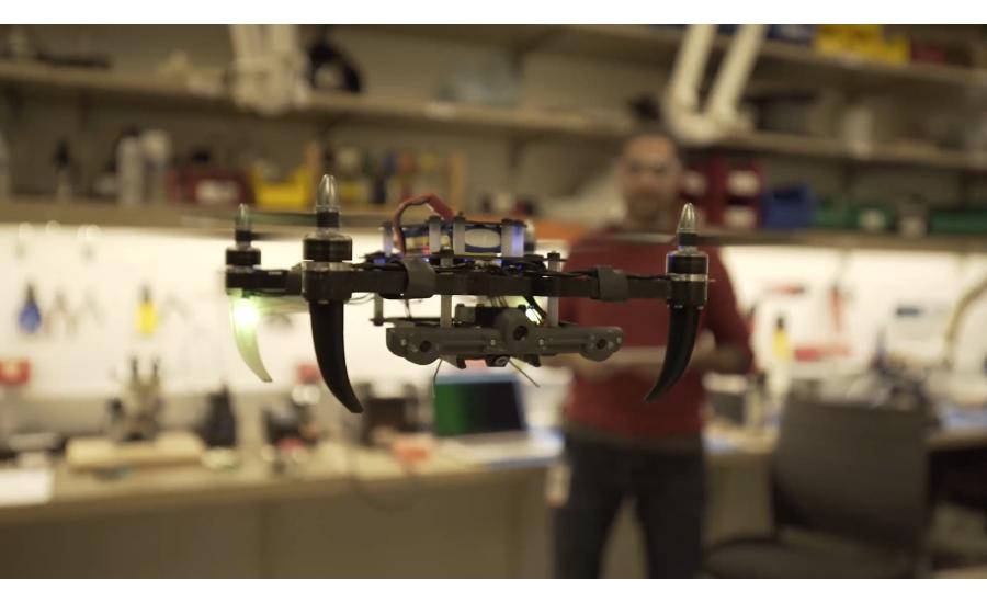 Alarmcom_drone_hovering_Alarmcom-Lab.jpg