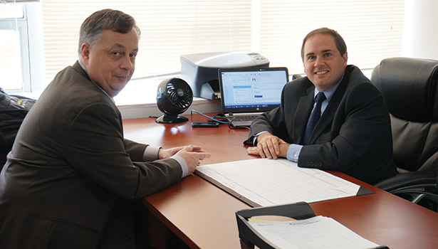 Senior Vice President and General Manager Jim Schmitt and Director of Marketing David Swartz develop strategies.